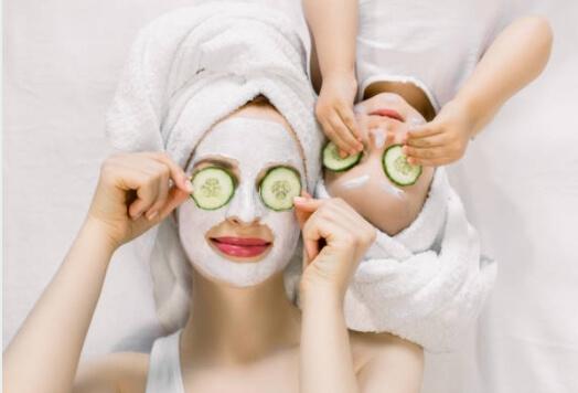 Před spaním si ošetřete pokožku